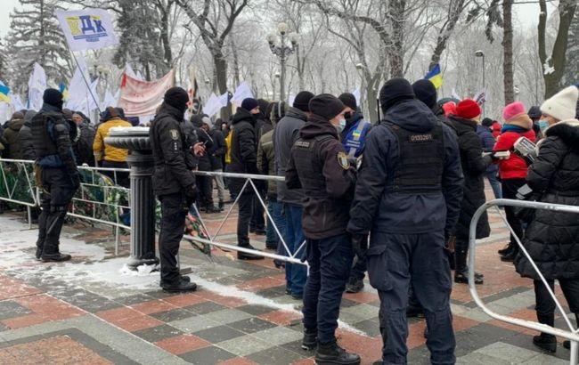 У Києві протести під Радою і Кабміном. Можливо обмеження руху
