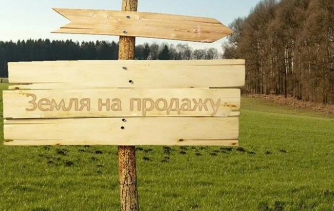 Цена земли под Киевом в июле снизилась 0,21% - до 1 тыс. 866 долл./сотка