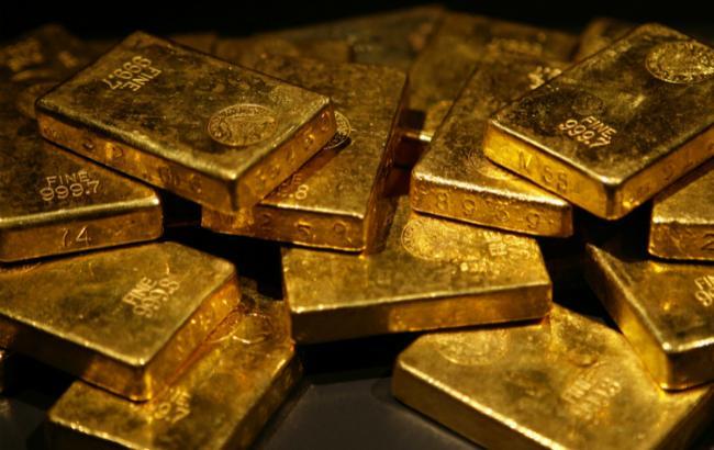 НБУ повысил курс золота до 339,82 тыс. гривен за 10 унций