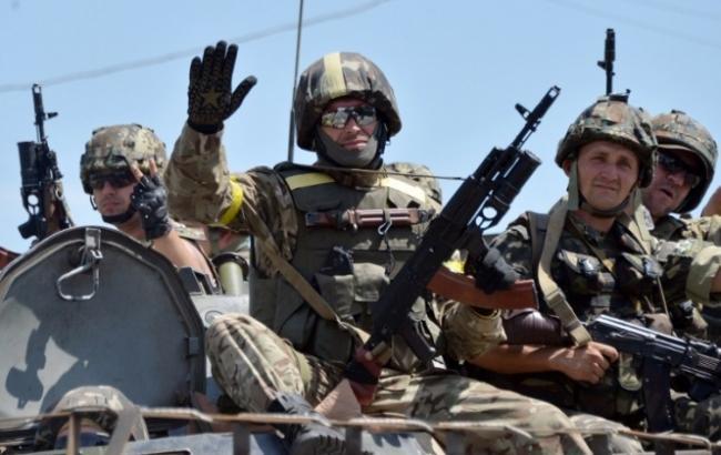 Бойовики продовжують обстрілювати сили АТО з мінометів, гранатометів та стрілецької зброї