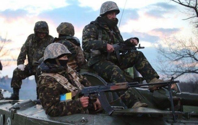 На Донбасі двоє військових ЗСУ загинули через необережне поводження зі зброєю