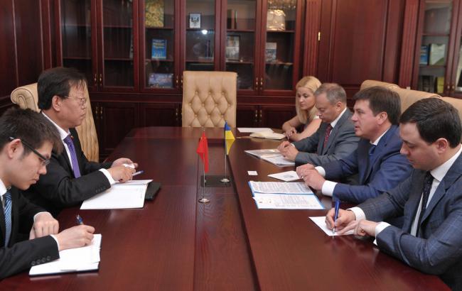 Украина и Китай в сентябре планируют собрать межправительственную комиссию по сотрудничеству